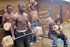 非洲人民也爱健身,只是器材落后了些
