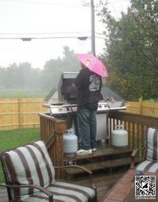 风雨中,炒菜这点痛算什么