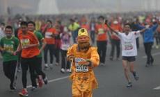 猴哥也来跑马拉松啦?