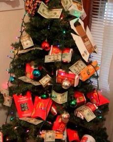 土豪家的圣诞树!