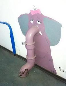 悲伤的大象
