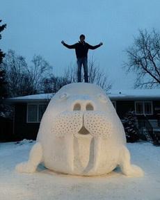 你們堆的雪人都弱爆了!