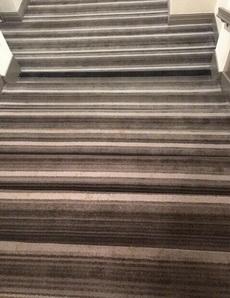 樓梯選用這種地毯簡直逼死人!
