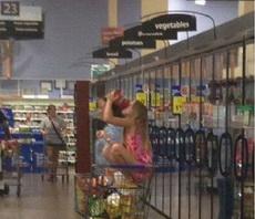 女汉子逛超市的架势