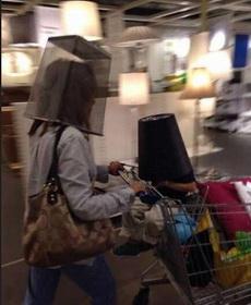 逛超市的时候,遇到不想见的人时候