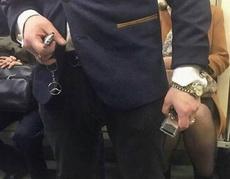 为什么还坐地铁?
