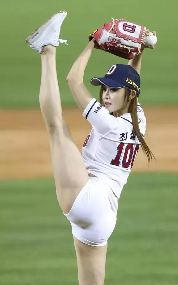 棒球队,还缺捡球的不